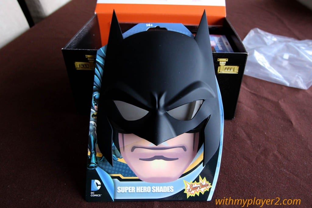 Wootbox mars 2016 Masque Batman