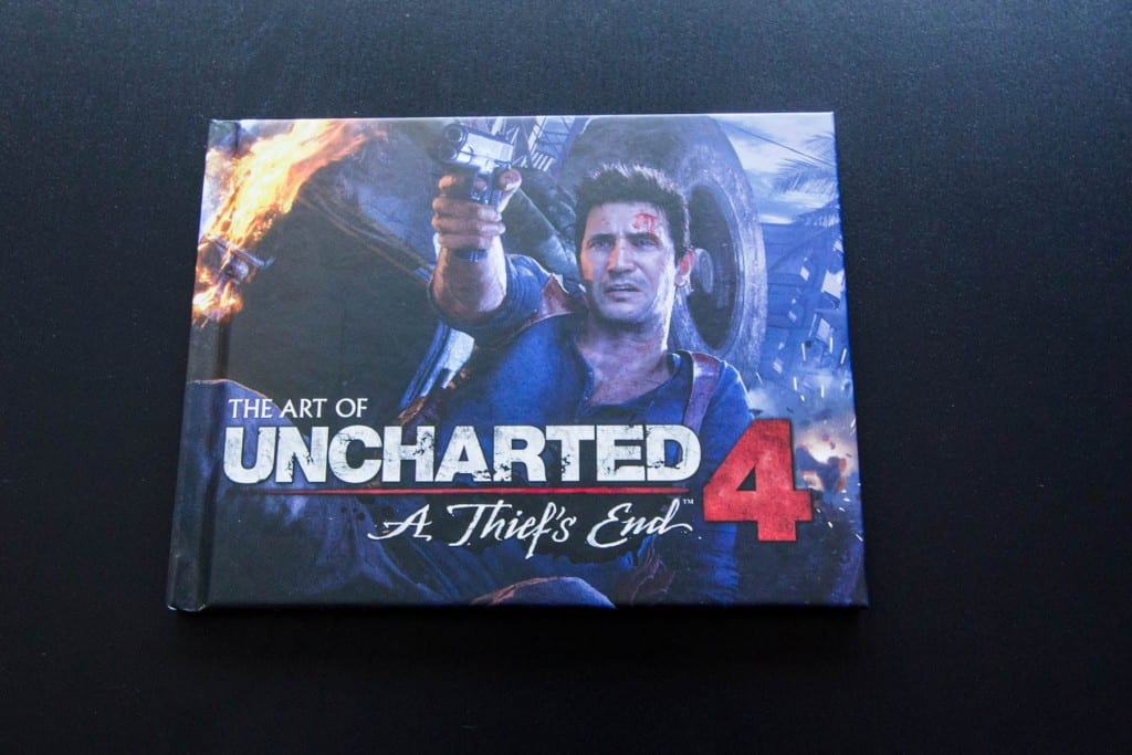 Unboxing Uncharted 4 édition spécial artbook steelbook